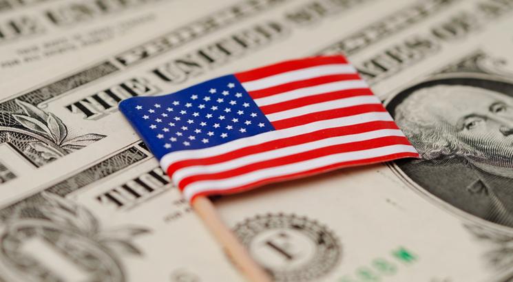 Indices américains - Option américaine - illustration drapeau usa et billets