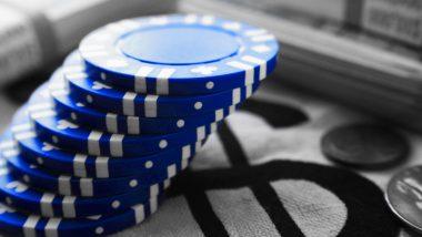 Blue chip - blue chip companies - illustration jetons bleus et pièces