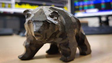 bear market définition - illustration ours écrans de trading
