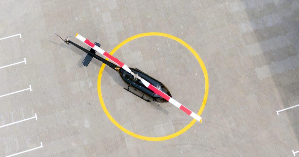 monnaie hélicoptère - hélicoptère monétaire - illustration hélicoptère piste